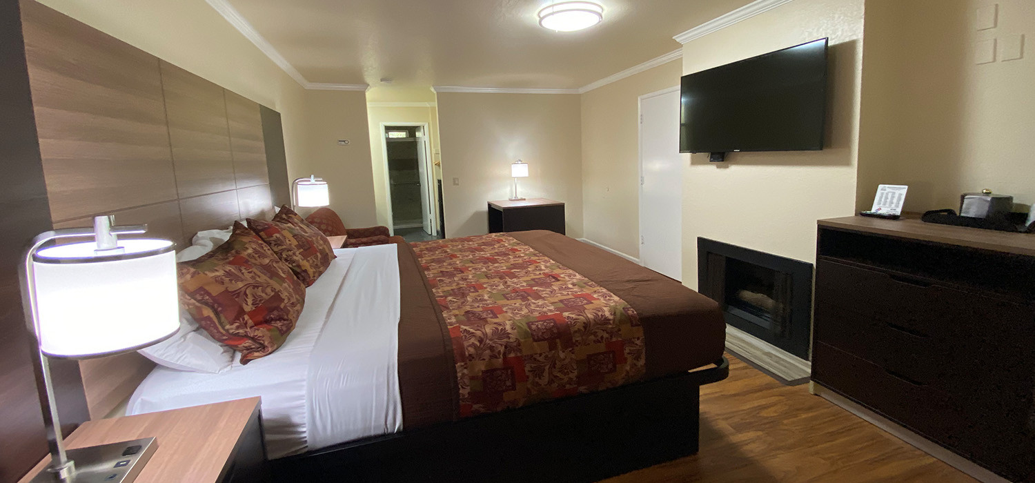 TAKE A CLOSER LOOK AT WHAT AWAITS YOU AT OUR BEAUTIFUL CAYUCOS HOTEL