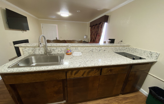 Beachwalker Inn & Suites Cayucos - Family Suite Amenities