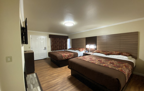 Beachwalker Inn & Suites Cayucos - Two Queen Beds Guest Room